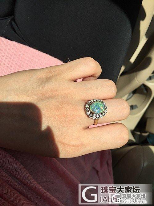 新入一枚时下最流行的意大利精工风格水晶黑欧泊戒指,七彩满天星哟_戒指刻面宝石欧泊