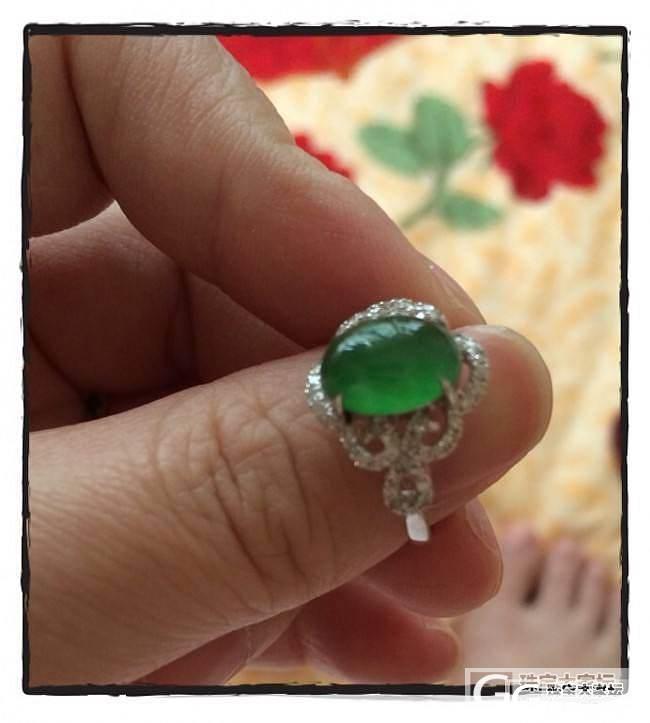 送给妈妈的翡翠戒指_翡翠
