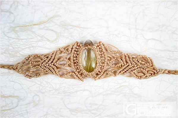 用的是日本蚕丝蜡绳~师承墨西哥流浪艺..._镶嵌珠宝